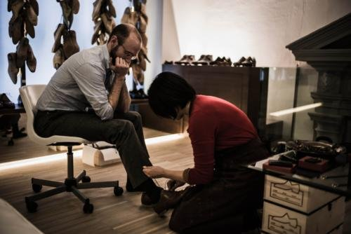 Stefano Bemer  fitting bespoke shoe