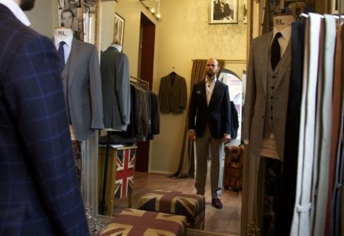 How to wear trousers and jacket