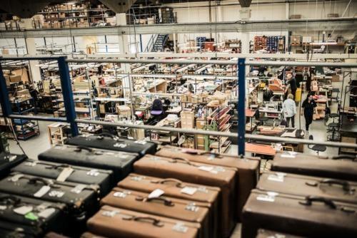 Globe-trotter globetrotter luggage factory