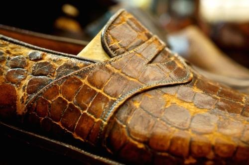 Foster's bespoke shoes alligator