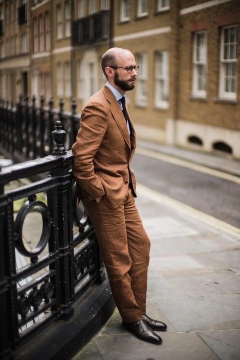 Langa bespoke suit linen