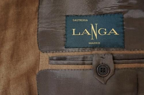 bespoke suit Langa madrid  inbreast pocket