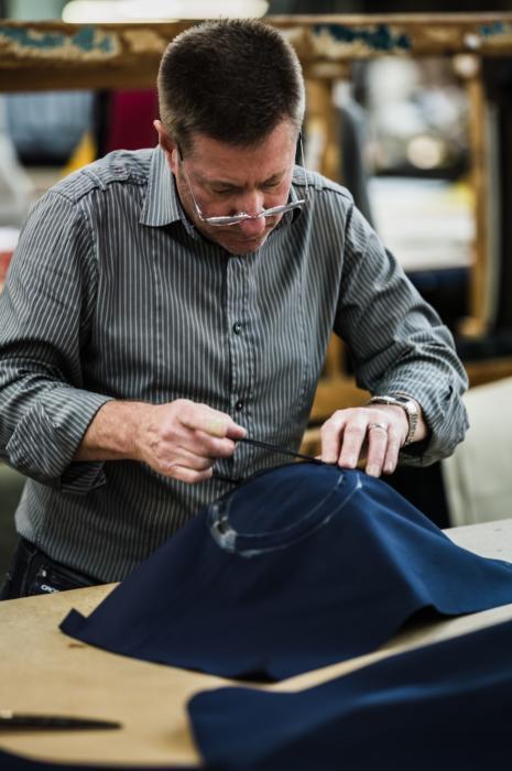 Mackintosh taping seams
