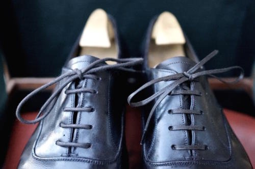 GJ Cleverley bespoke brown oxfords waxed laces