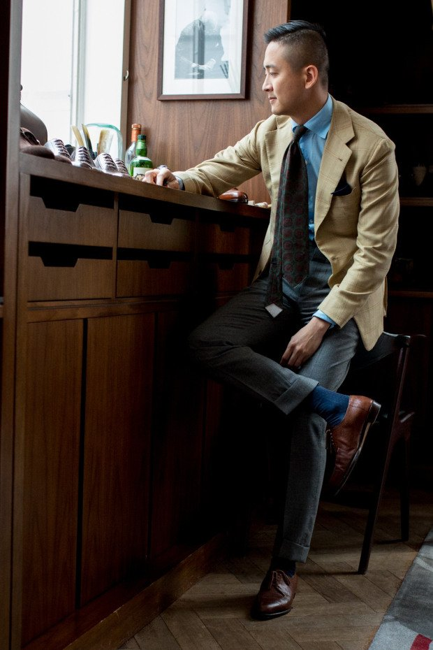 Wearing sports jackets and texture: Alan See