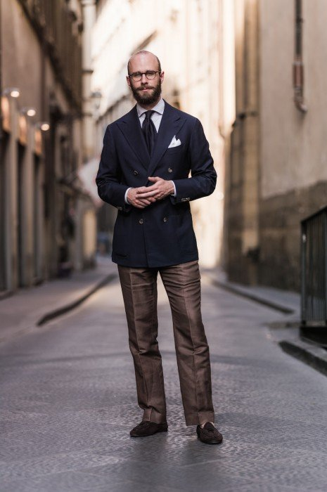 Caliendo navy hopsack blazer and brown linen trousers