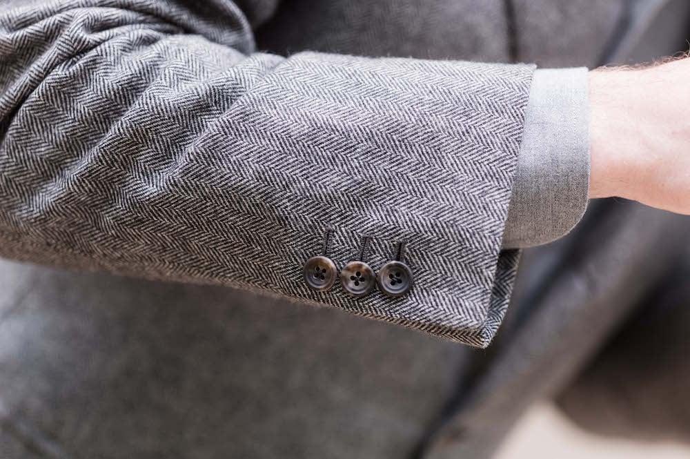 Caraceni bespoke cashmere jacket buttons