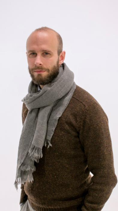 brown shetland sweater and washed scarf (1)