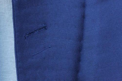 bespoke suit buttonhole