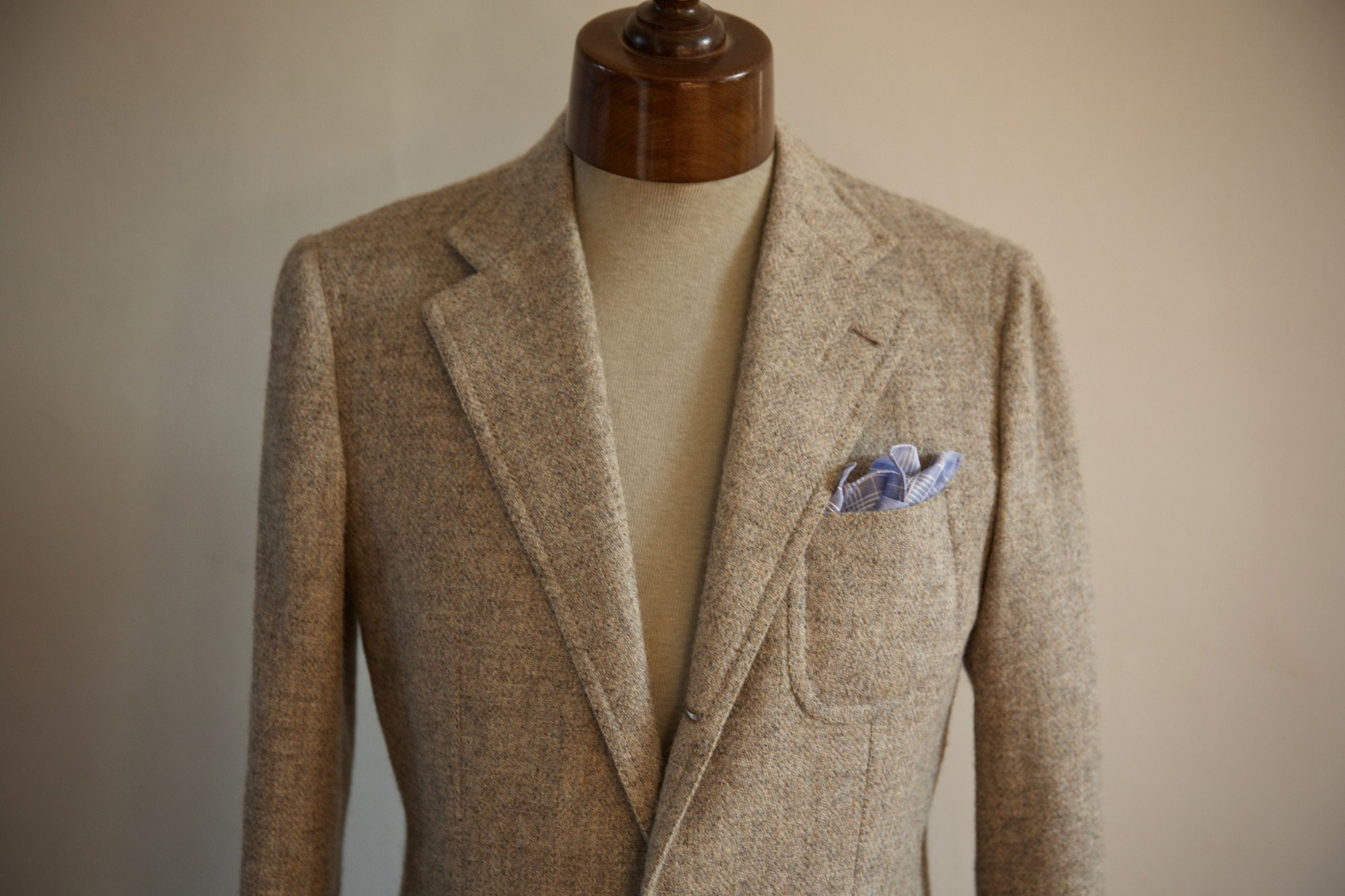 How wide should my jacket lapels be? – Permanent Style