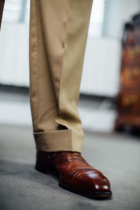 Cape Horn Holland and Sherry high twist suit with Bemer shoe