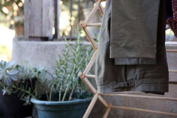 Reillo bespoke green cotton trousers