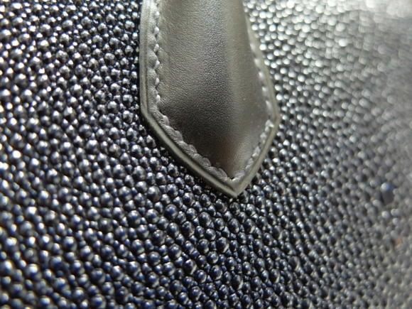 serge-amoruso-hand-stitching-bag