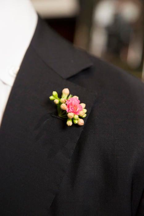 boutonniere flower bespoke solito suit
