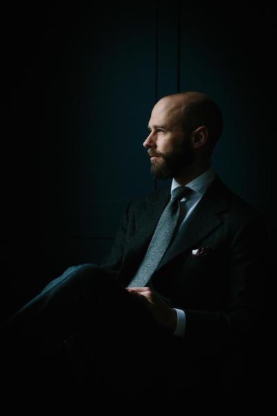 Charcoal suit, grey tie