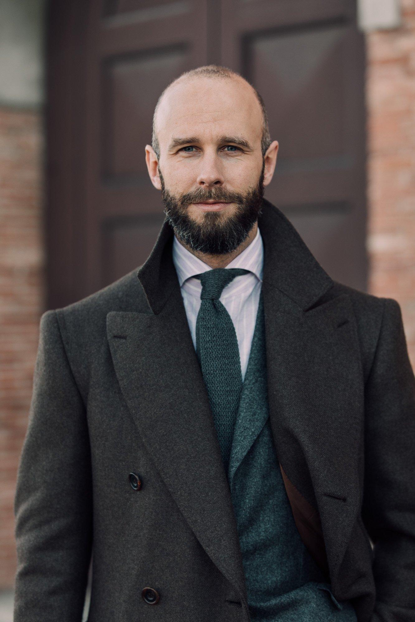 Grey tie on lilac-stripe shirt
