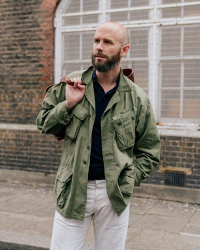 Jungle jacket with polo and white jeans